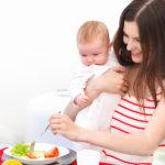7 alimente care trebuie să se găsească în dieta ta în perioada alăptării